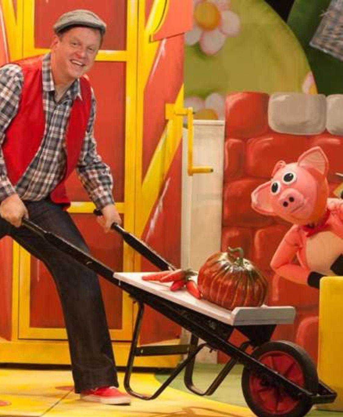 Watch Online: Marty McDonald's Farm
