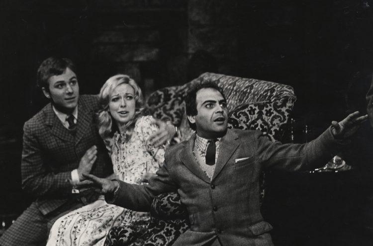 Nigel Crewe, Sheila Ferris and David Suchet in Dracula, 1972