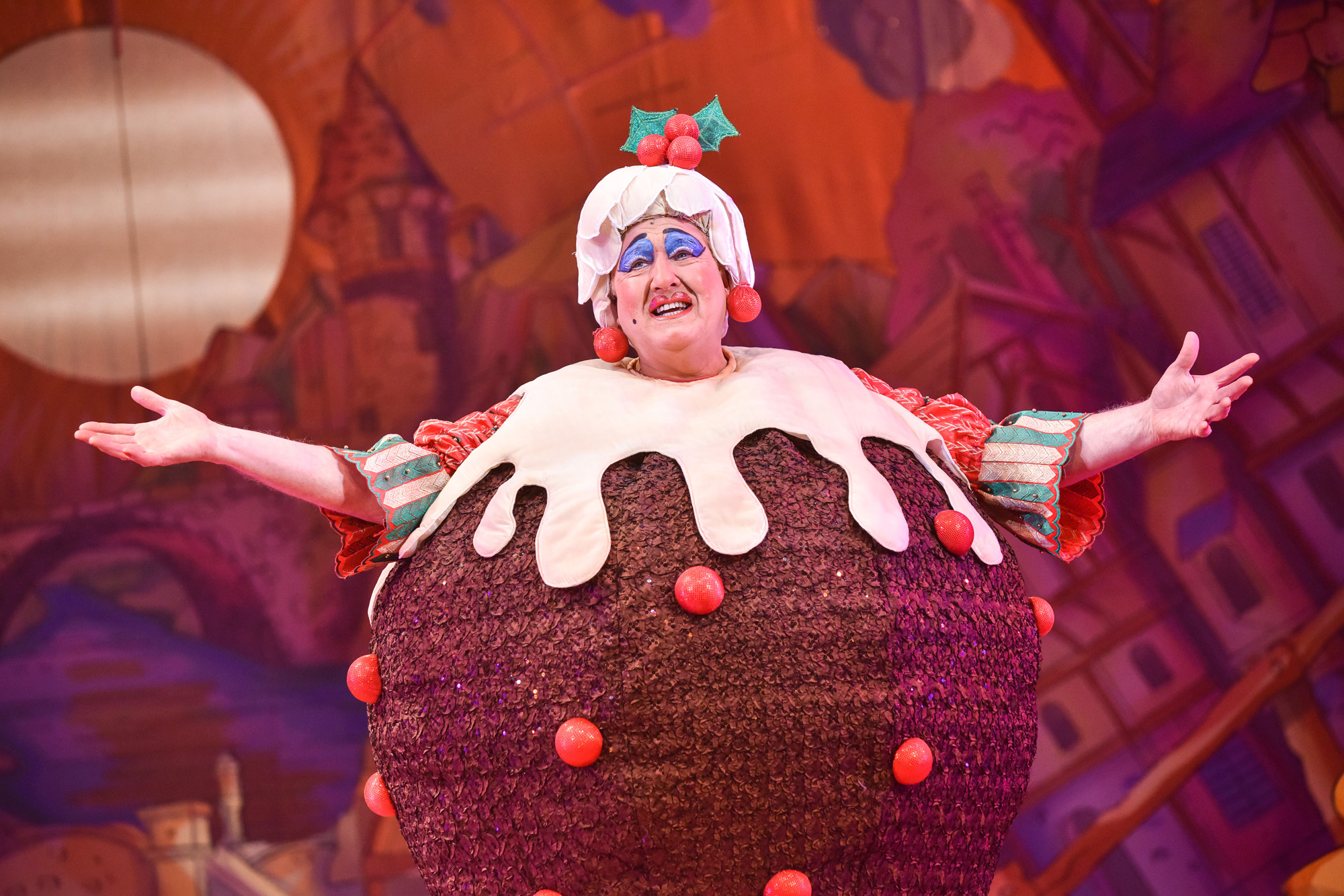 Iain Lauchlan as Matilda Pudding (Puss in Boots, 2019/20)