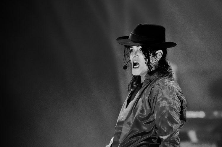 King of Pop  -  Picture: Vernon Nash (_DF76326)